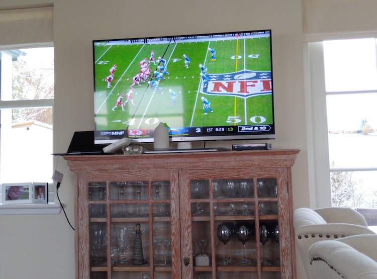 Live streaming the NFL game