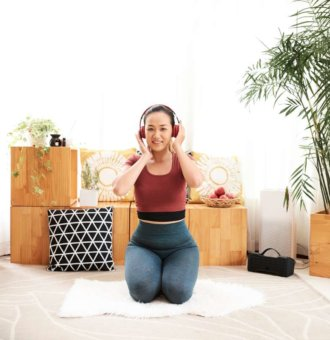 live stream fitness music at home